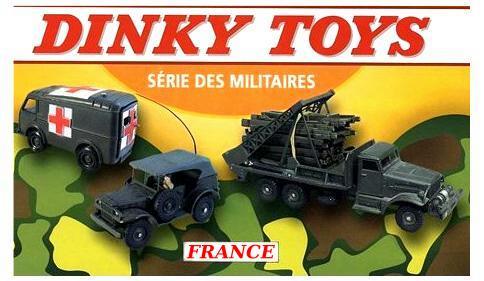 Ancien jouet en plastique 2 X GMC ambulance militaire
